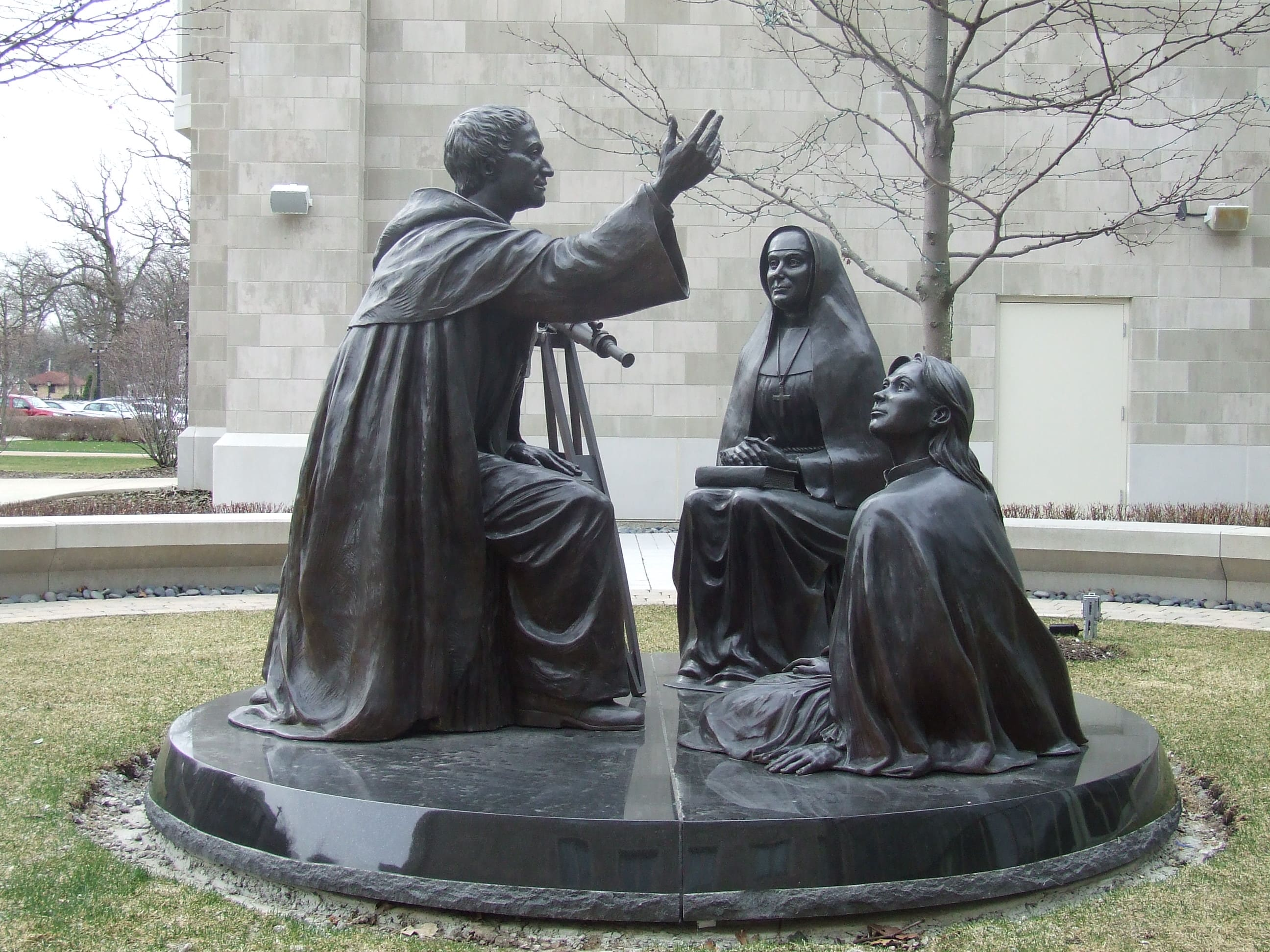 Founder's Court sculpture inspires during COVID-19 outbreak ...